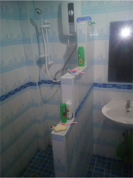 thailand shampoo buyer Yevgeni bathroom
